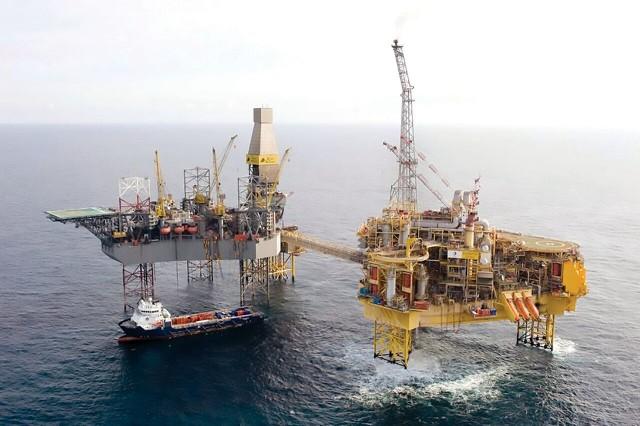 Συνεχίζεται με αμείωτο ρυθμό η παραγωγή αμερικανικού πετρελαίου