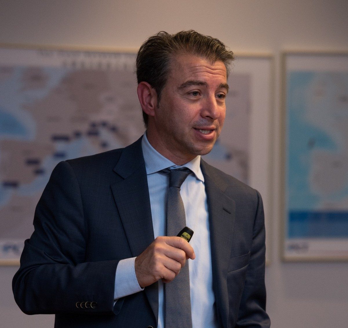 O κ. Ηλίας Χατζηεφραιμίδης, Πρόεδρος της WIMA, κατά τη διάρκεια της παρουσίασης