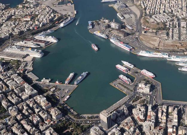 Νέες ναυτιλιακές εταιρείες εγκαθίστανται στον Πειραιά