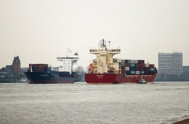 Σε συνεχή συρρίκνωση ο γερμανικός εμπορικός στόλος
