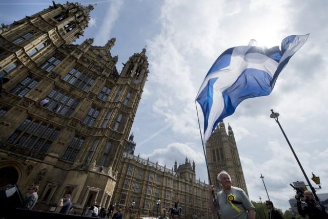 Η οικονομία της Σκωτίας «τρέμει» το Brexit