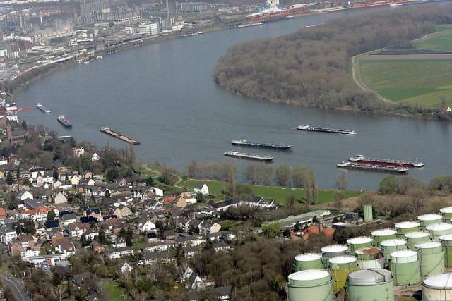 Σε μια ολοκληρωμένη πολιτική για τη μείωση των εκπομπών CO2 προχωρά η Γερμανία