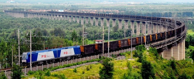 Αυξάνονται σημαντικά οι σιδηροδρομικές εμπορευματικές μεταφορές Κίνας- Ευρώπης