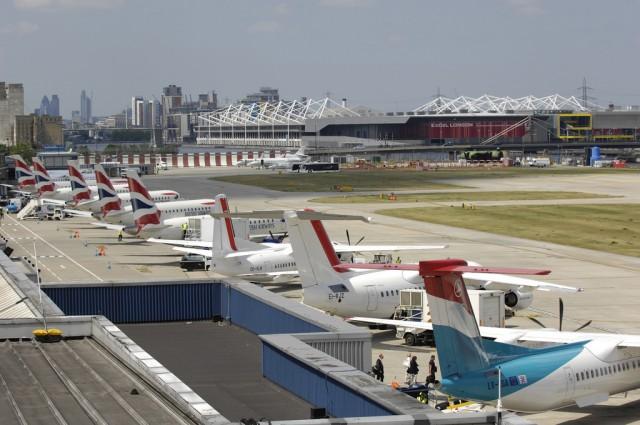 Κλειστό το αεροδρόμιο του City λόγω ανεύρεσης βόμβας από τον Β' ΠΠ