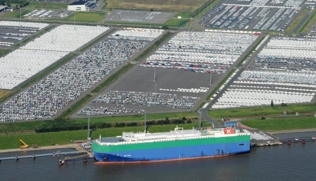 Πρόστιμο ύψους €395 εκατ. σε 5 ναυτιλιακές εταιρείες μεταφοράς οχημάτων