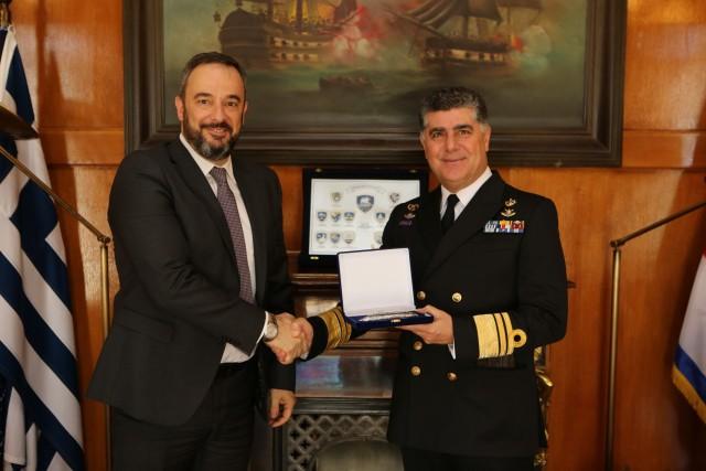 Το Πολεμικό Ναυτικό ανανεώνει τη συνεργασία του με την FARAD S.A.