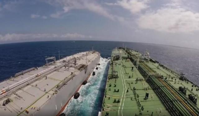 Βέλτιστες πρακτικές από την DYNAMARINe για τη μεταφόρτωση πετρελαίου από πλοίο σε πλοίο