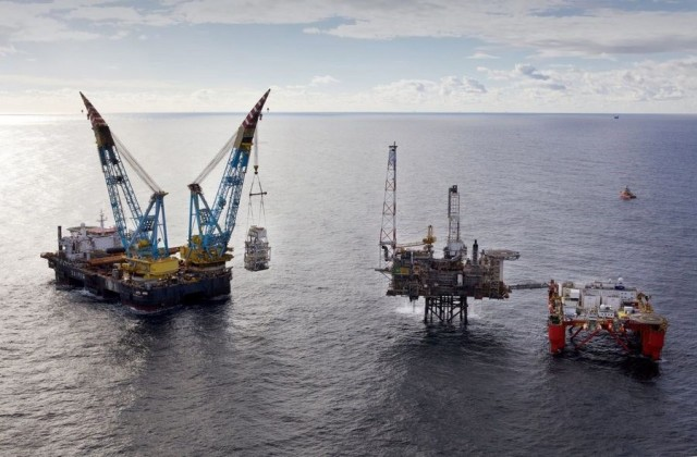 Υπό τον έλεγχο της Total και τυπικά η Maersk Oil