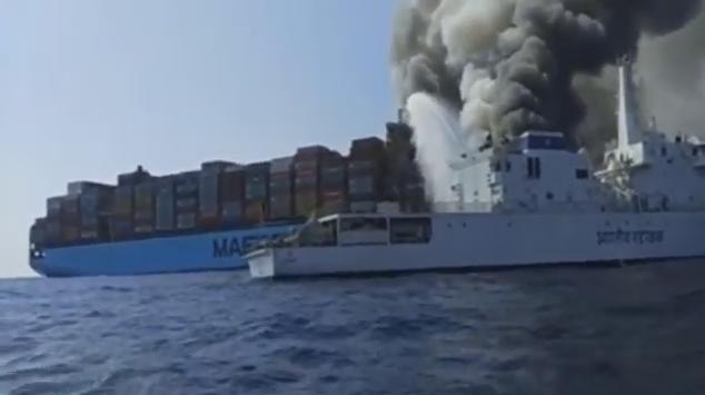 Ακόμη μία πυρκαγιά ξεσπά σε πλοίο της Maersk Line