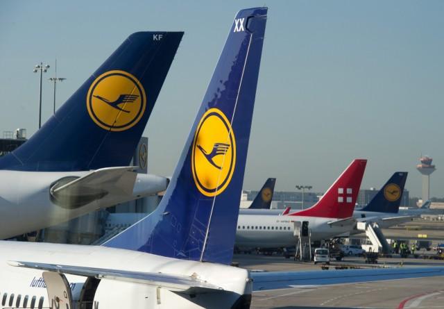 Απεργίες πλήττουν κορυφαίους ευρωπαϊκούς αερομεταφορείς