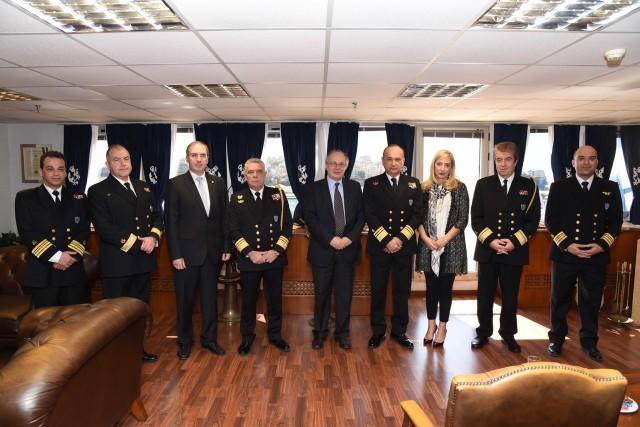 Νέα συμφωνία για την παροχή υπηρεσιών σε ελληνικά εμπορικά πλοία από τον Bureau Veritas