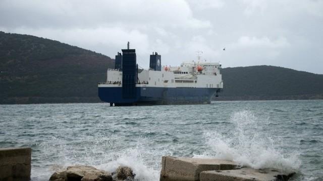 Πρόσκρουση επιβατηγού πλοίου στο λιμένα Σκάλας του Αγκιστρίου