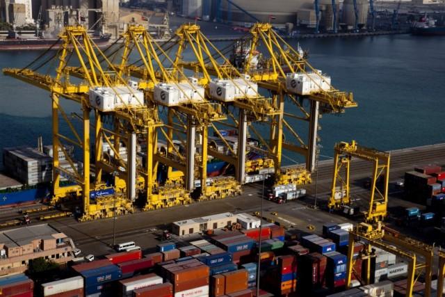 Εντυπωσιακή αύξηση της κίνησης στο λιμάνι του Ντουμπάι