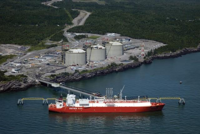 Η Petronas επενδύει στο LNG του Καναδά