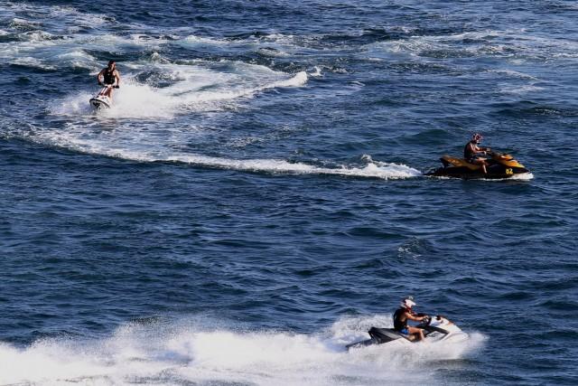Απαγόρευση κυκλοφορίας θαλάσσιων μοτοποδηλάτων από το Λιμεναρχείο Πειραιά