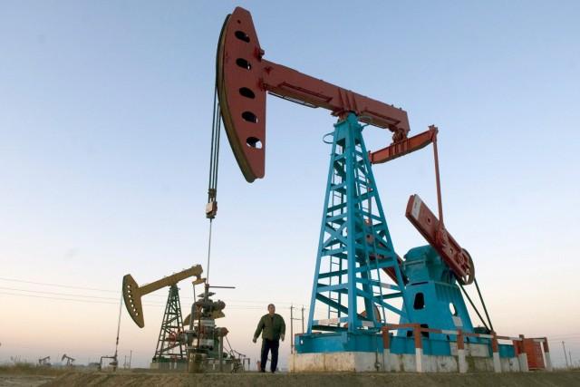 Η Ρωσία αψηφά τη διεθνή συμφωνία για το πετρέλαιο