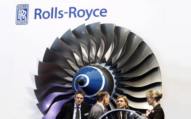 Το εργατικό δυναμικό της Rolls Royce συρρικνώνεται