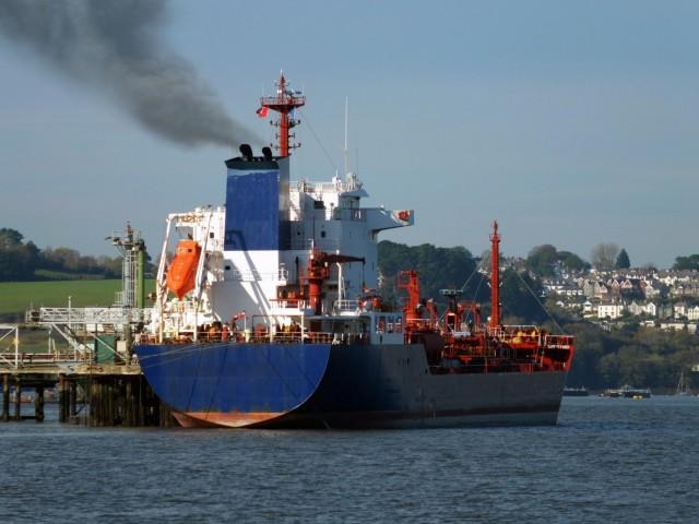 Πονοκέφαλο δημιουργεί στη ναυτιλιακή βιομηχανία το sulphur cap