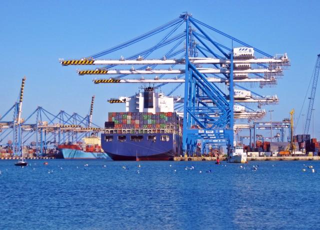 Επενδύσεις εκατομμυρίων στις θαλάσσιες αρτηρίες του δυτικού Καναδά