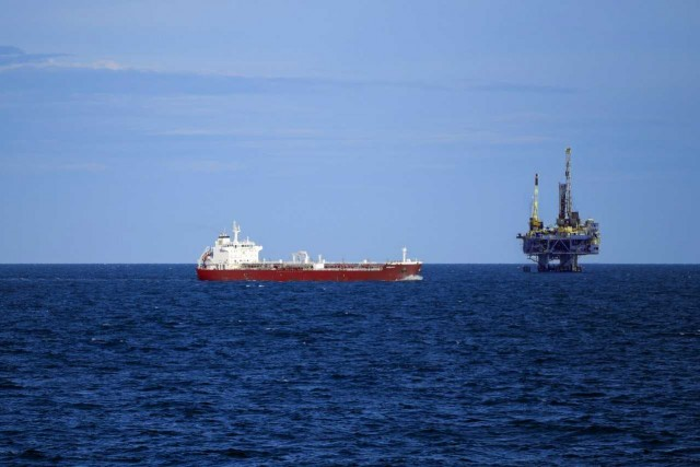 Οι επικεφαλής της Rosneft ανοίγουν τα χαρτιά τους για το ρωσικό πετρέλαιο