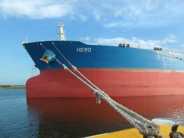Στα «σχοινιά» η αγορά των δεξαμενόπλοιων