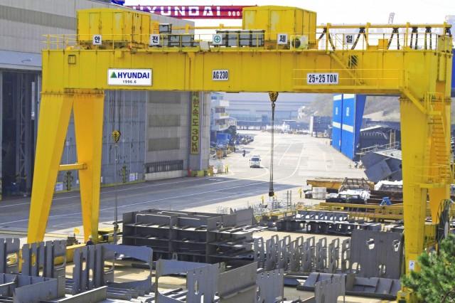 Σε απεργιακές κινητοποιήσεις προχωρούν οι εργαζόμενοι της Hyundai Heavy Industries