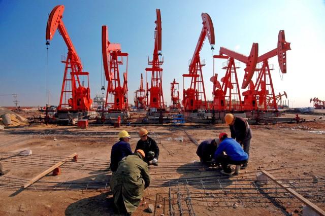 Κίνα: Ισχνή μείωση για την παραγωγή αργού πετρελαίου