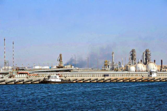Έκλεισαν σταθμοί παραγωγής πετρελαίου στη Λιβύη