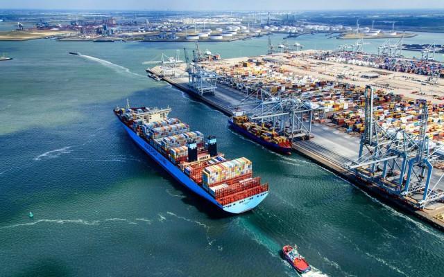 Το λιμάνι του Ρότερνταμ σε mini-κρίση