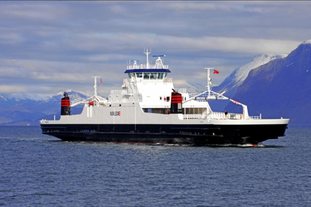 Γιατί η Νορβηγία πρωταγωνιστεί στα ηλεκτρικά ferries;