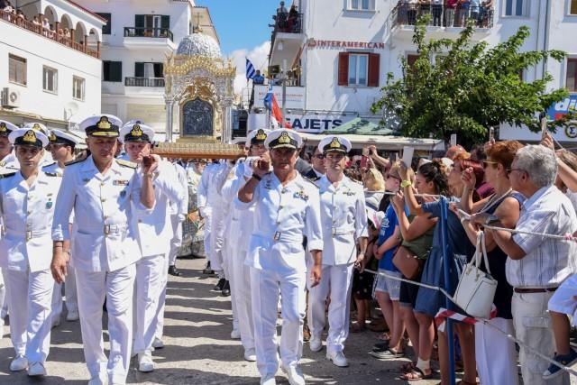 """Δυναμικό """"παρών"""" του Πολεμικού Ναυτικού στον εορτασμό της Κοιμήσεως της Θεοτόκου"""