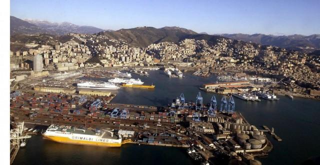 Σε πλήρη λειτουργία το λιμάνι της Γένοβας