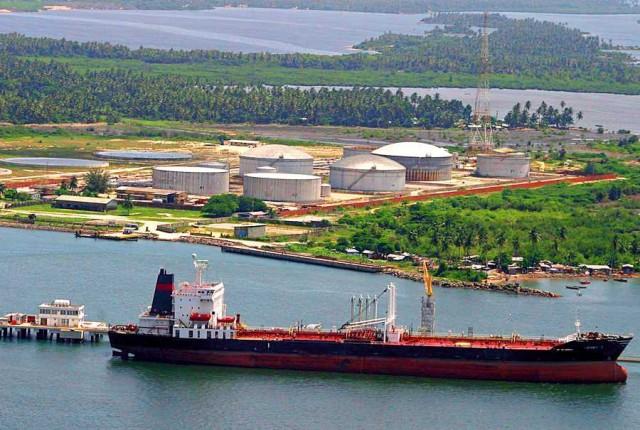 ΗΠΑ: Σε χαμηλά τριετίας οι εισαγωγές νιγηριανού αργού