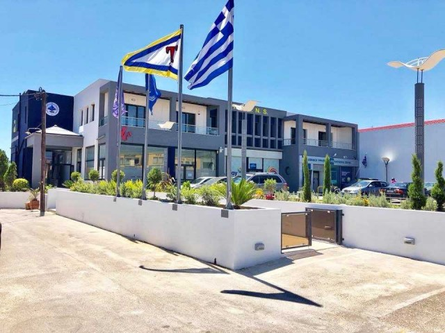 Χρειάζεται ιδιωτικό Ναυτικό Λύκειο ένας γενέθλιος τόπος της ελληνικής ναυτιλίας;