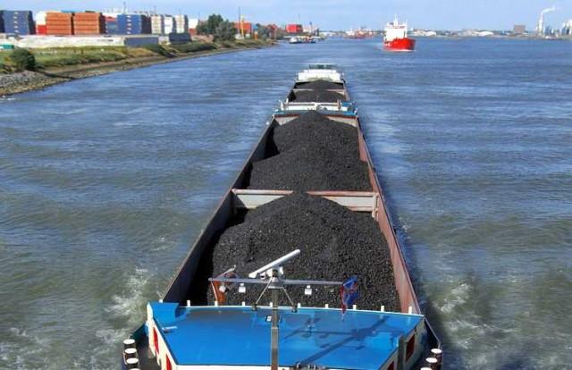 Μόσχα: προβλέπει διπλασιασμό των εξαγωγών άνθρακα προς την Ασία