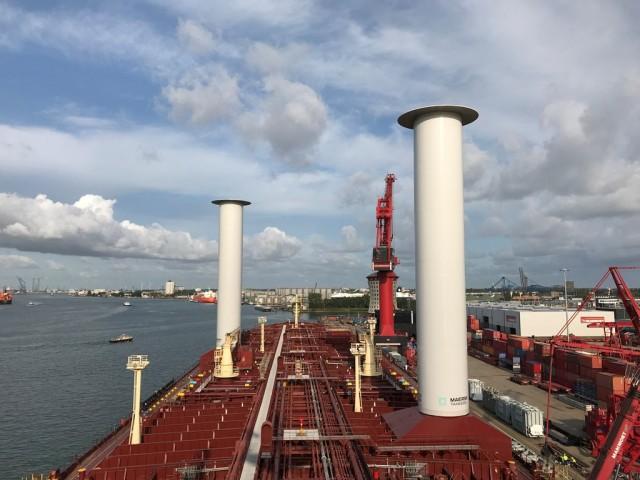 Περιστρεφόμενα κυλινδρικά ιστία τοποθετήθηκαν σε πλοίο της Maersk Tankers