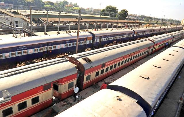 Iνδία: Ηλεκτρικά, πράσινα τρένα το στοίχημα της κυβέρνησης Μόντι