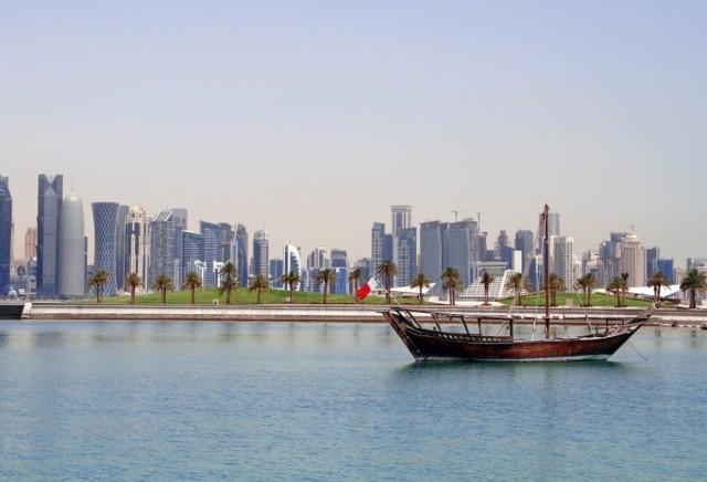 Το Κατάρ διαχωρίζεται από τη Σαουδική Αραβία;