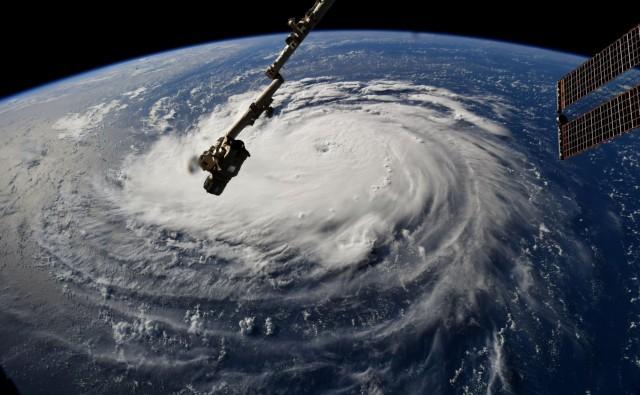 Τον τρόμο σπέρνει ο τυφώνας Florence