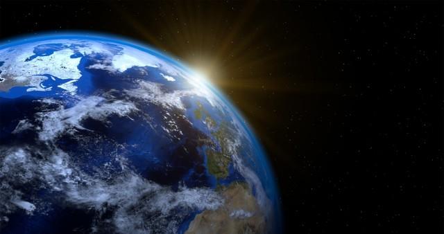 Σε τι επίπεδα διαμορφώνεται σήμερα ο παγκόσμιος πληθυσμός