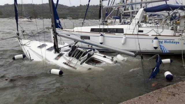 Βυθίσεις και καταστροφές σκαφών λόγω του «Ζορμπά»