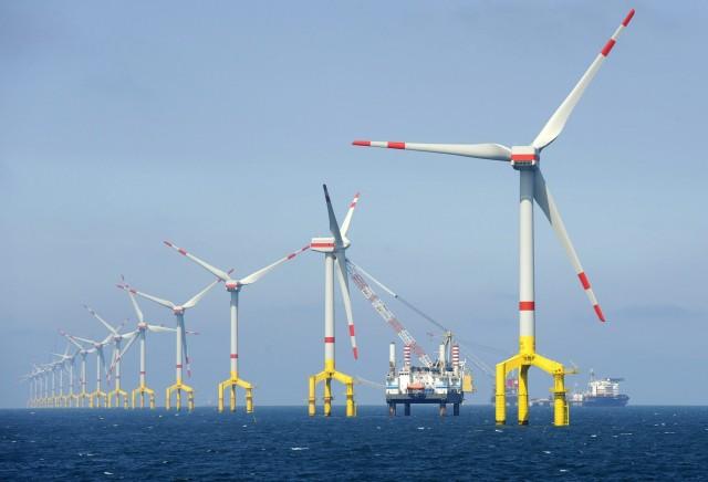 Στις ανανεώσιμες πηγές ενέργειας επενδύουν ενεργειακοί κολοσσοί