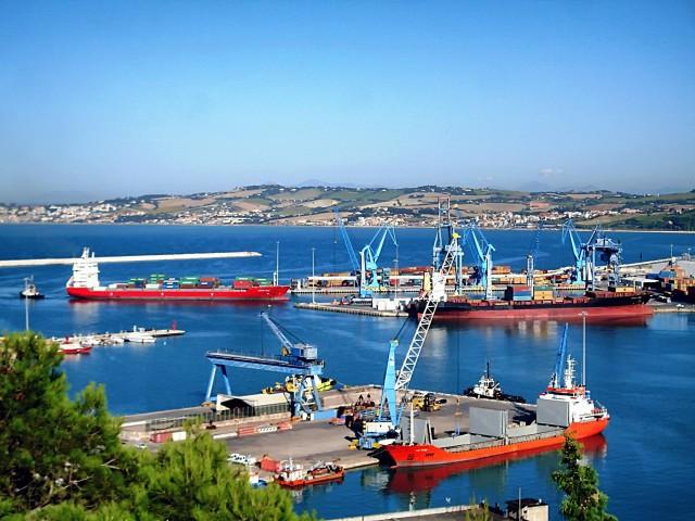 Αναβαθμίζονται περαιτέρω τα λιμάνια της Civitavecchia και του Fiumicino