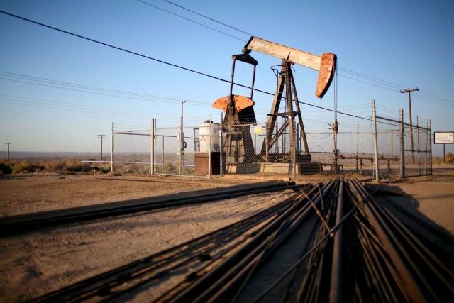 Προς συμφωνία Ρωσία-Σαουδική Αραβία για μείωση της παραγωγής