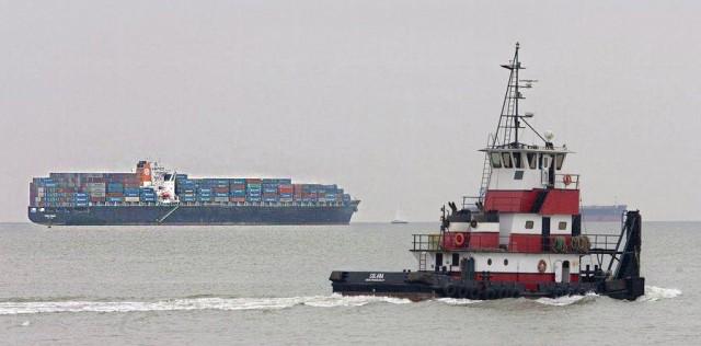 Μεγάλη διαρροή καυσίμου από σύγκρουση πλοίων στην Κορσική