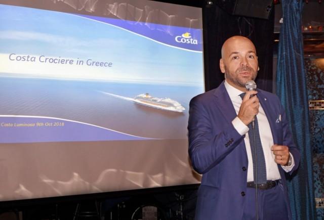 Ο κ. Alessandro Bottaro, διευθυντής πωλήσεων και μάρκετινγκ της Costa Cruises.