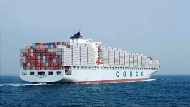 Ο «εμπορικός πόλεμος» ΗΠΑ-Κίνας δεν τρομάζει την Cosco Shipping