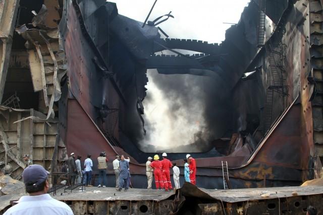 Πυρκαγιά σε διαλυτήριο πλοίων στο Πακιστάν