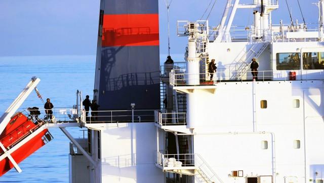 Λαθρεπιβίβαση σε εμπορικά πλοία: Αύξηση των περιστατικών και μέτρα αποτροπής