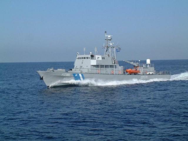 Προσάραξη πλοίου στη Σαντορίνη